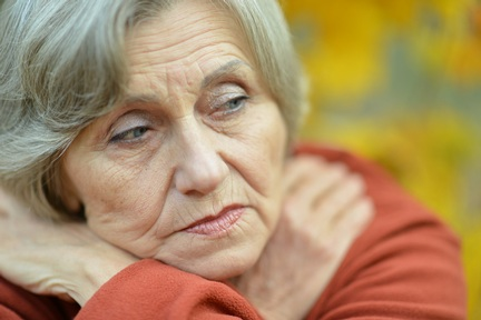 People with dementia can feel alarmed and  vulnerable. They misinterpret situations and can be   misunderstood by others