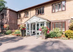 Barchester Challoner House Care Home Eastleigh Hampshire