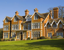 Oaken Holt Care Home with Nursing, Oxford, Oxfordshire