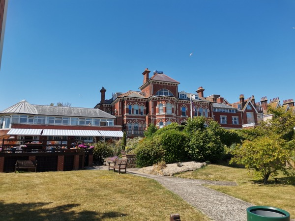The Chaseley Trust Care Home South Cliff Eastbourne East Sussex Bn20 7jh 24 Reviews