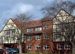 Bullsmoor Lodge, Enfield, London