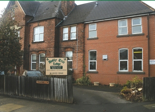 Holly Tree Lodge Care Home 2 Thornhill Road Kingsway Derby Derbyshire De22 3lx
