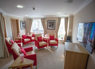 The Lakes Care Centre, Cirencester, Gloucestershire