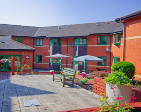 Ty Coch Nursing Home 105 Station Road Llanishen Cardiff Cf14 5uw 2 Reviews