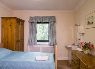 Barchester Ashcombe House Care Home, Basingstoke, Hampshire