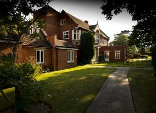Wellcross Grange, Horsham, West Sussex