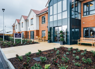 Barchester Mortain Place Care Home 93 Pevensey Bay Road Eastbourne East Sussex Bn23 6jf 21 Reviews